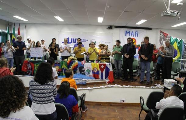 UFFS sedia lançamento de movimento latino-americano de atingidos por barragens