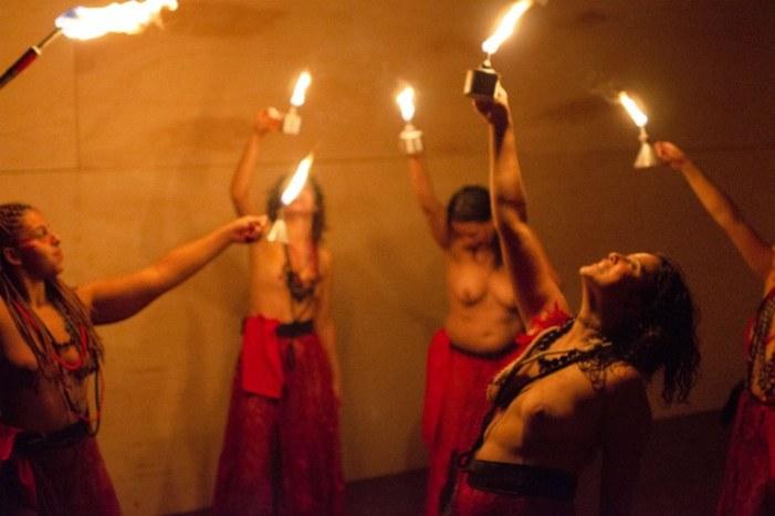 Em São Paulo, o teatro é alvo da perseguição política