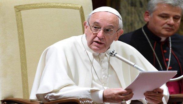 Ministério das Relações Exteriores de 8 países latino-americanos forjam declarações do papa Francisco