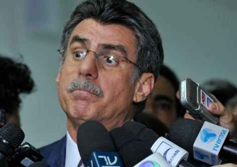 Líder do governo adia votação da urgência da reforma trabalhista