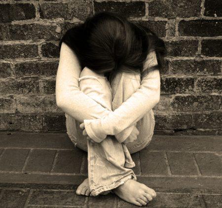 Senado deve concluir votação de PEC que torna estupro crime imprescritível e inafiançável