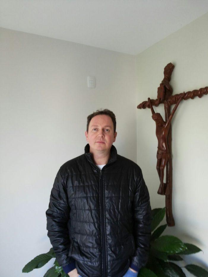 São Miguel do Oeste/SC: Padre Luciano Gattermann fala em solidariedade ao Portal Desacato e militantes da região