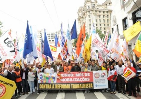 Reforma trabalhista foi desastrosa em outros países