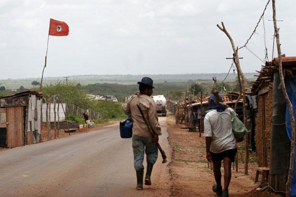 Acampamento do MST sofre ataque de pistoleiros no Pará