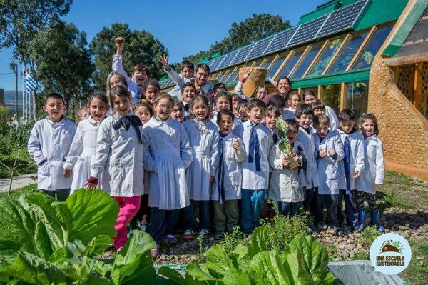 Escola no Uruguai tem prédio e práticas pedagógicas voltadas para a sustentabilidade