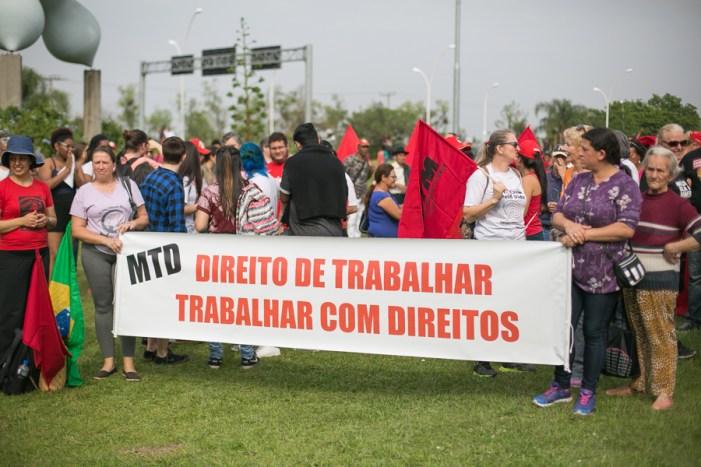 Em Porto Alegre, Brigada Militar barra caminhada do Grito dos Excluídos