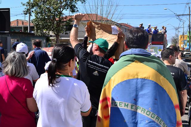 Em Curitiba, independência do país é questionada no 23º Grito dos Excluídos
