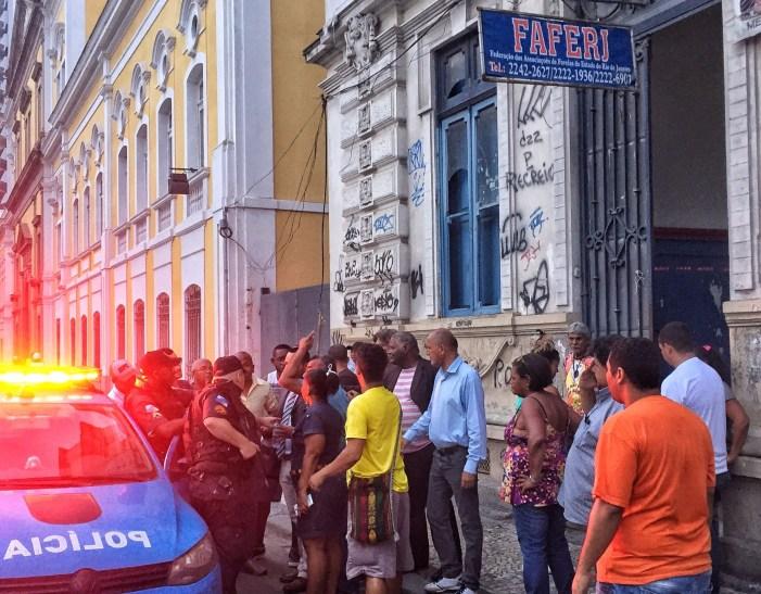 Federação das Associações de Favelas do Rio é ocupada em protesto