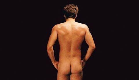 Um corpo nu é apenas um corpo nu!