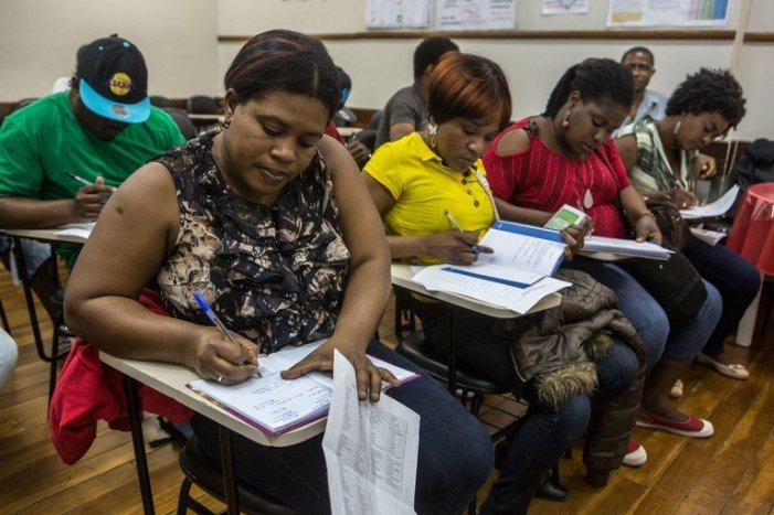 """""""Regulamento da Lei da Migração é uma catástrofe"""", diz especialista"""