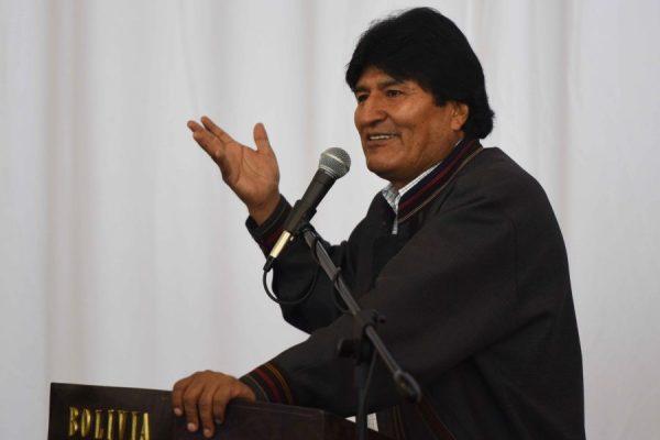 Movimentos sociais pedem que Justiça permita que Evo dispute reeleição