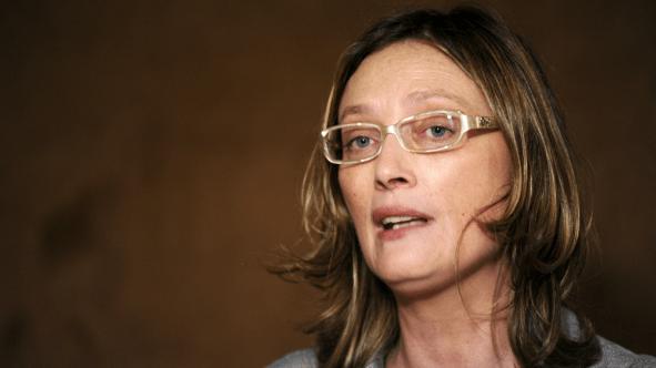 Maria do Rosário vai à Justiça contra deputado da tatuagem de Temer