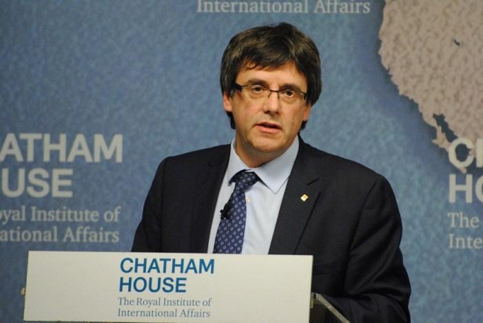 Puigdemont entra em acordo com independentistas para voltar a ser presidente da Catalunha