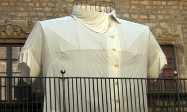 En camisa de once varas