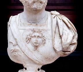 Curiosidades sobre Memorias de Adriano