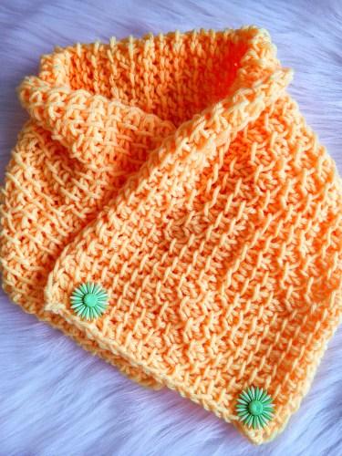 HONEYLOVER NECKWARMER by Vimala of Viva Crochet