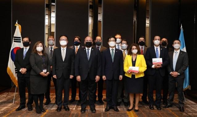 Adhesión al TLC de Centroamérica con Corea del Sur: Desde productos hechos a mano, frutas, vegetales, manufacturas y turismo,  la demanda que Guatemala podría satisfacer a ese mercado