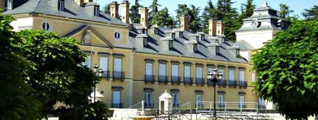 800px-palacio_real_de_el_pardo_madrid