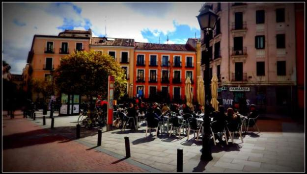 plaza san ildefonso, lugares LGBT em madrid