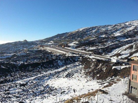 Rifugio Sapienza no Etna, bem pobre de neve, em dezembro de 2013