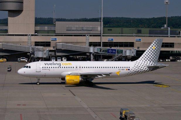 Companhias aéreas que voam para a Sicília - vueling