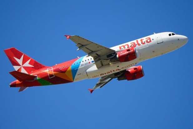 Ir de Malta para a Sicília de avião