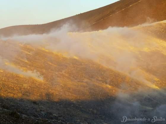 Trekking no vulcão de Vulcano