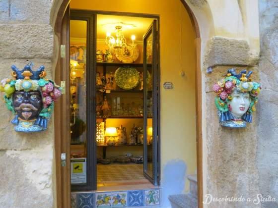 Loja de cerâmica de Caltagirone
