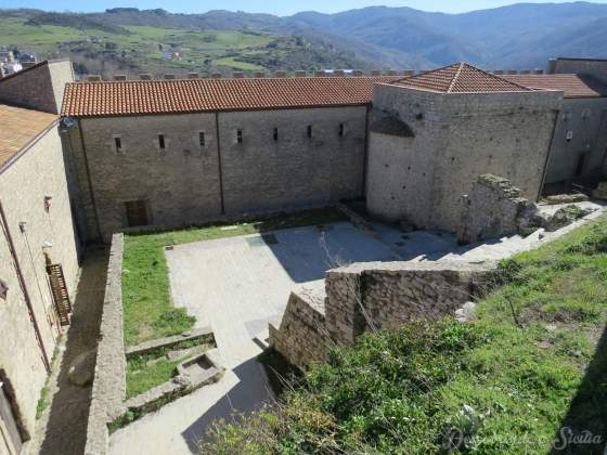 Castelo de Montalbano Elicona