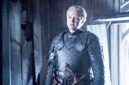Gwendoline Christie como Brienne de Tarth