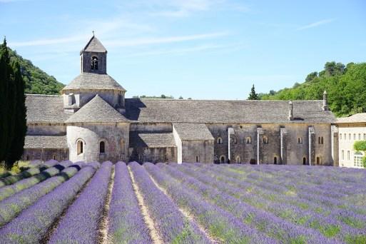 abbaye de senanque Pixabay - Provence : 7 cidades de charme na Provença