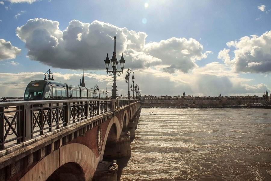 Viajar para a França na terceira idade. Foto: Bordea