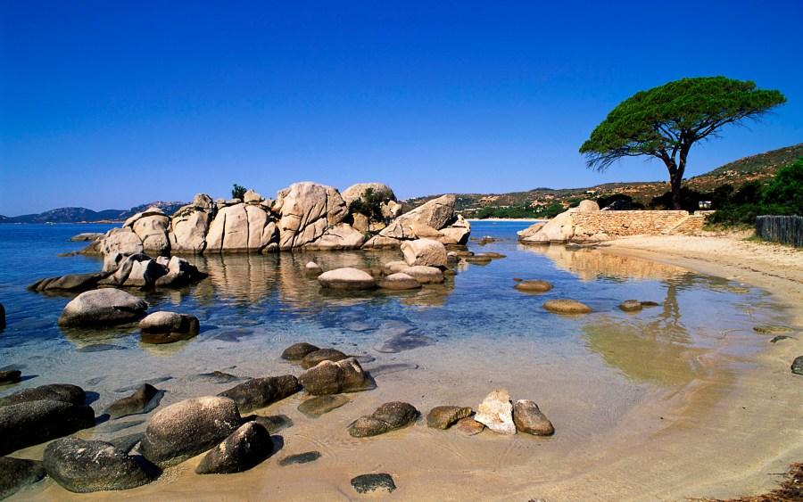 Localizada na Ilha de Córsega, Palombaggia é uma das mais belas praias da França