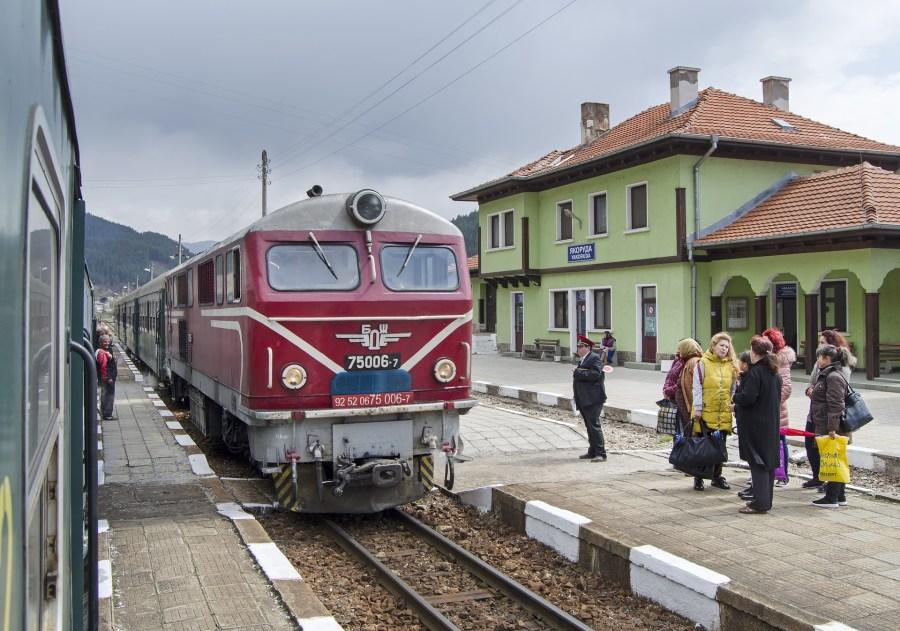 Viajar de trem pela Europa, estação ferroviária