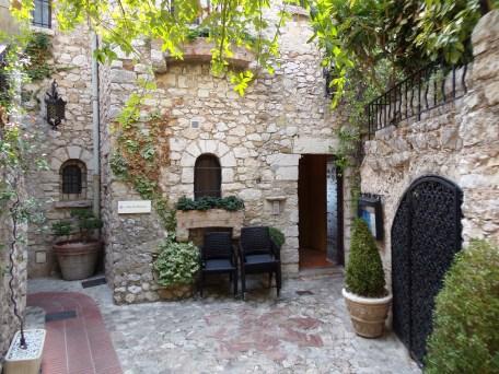 Nice e suas aldeias medievais