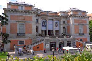 Fachada do Museo do Prado porta de Goya