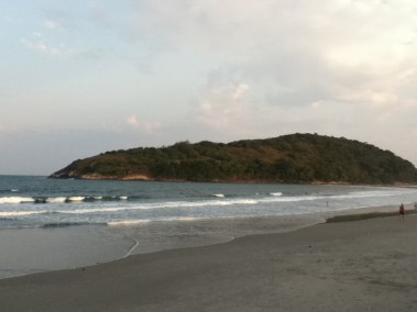 Praia de Pernambuco e Mar Casado - Guaruja Praias SP