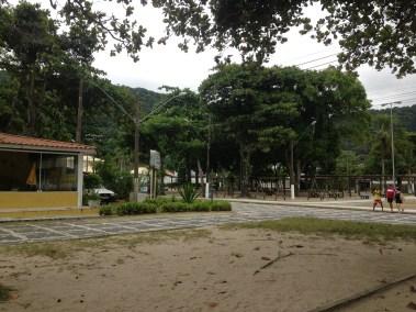Praia do Guaiuba Guaruja - Quiosque Orla - Guaruja Praias