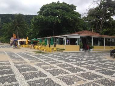 Quiosque na Praia do Tombo em Guaruja - Praias do Guaruja