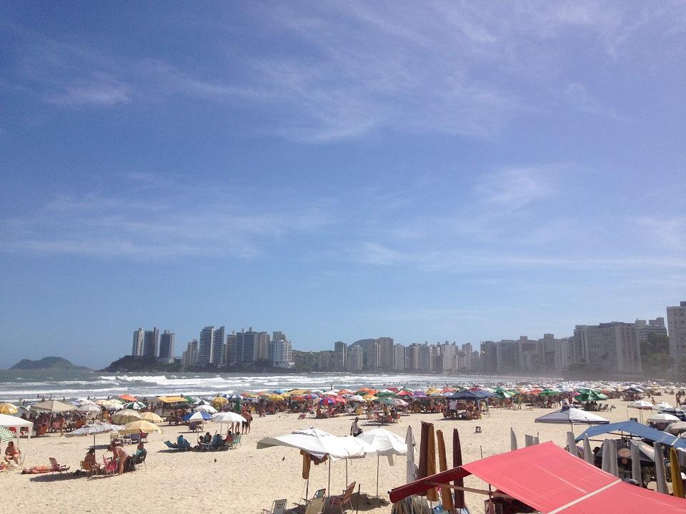a Praia de Pitangueiras em Guaruja - Descubra o Guaruja