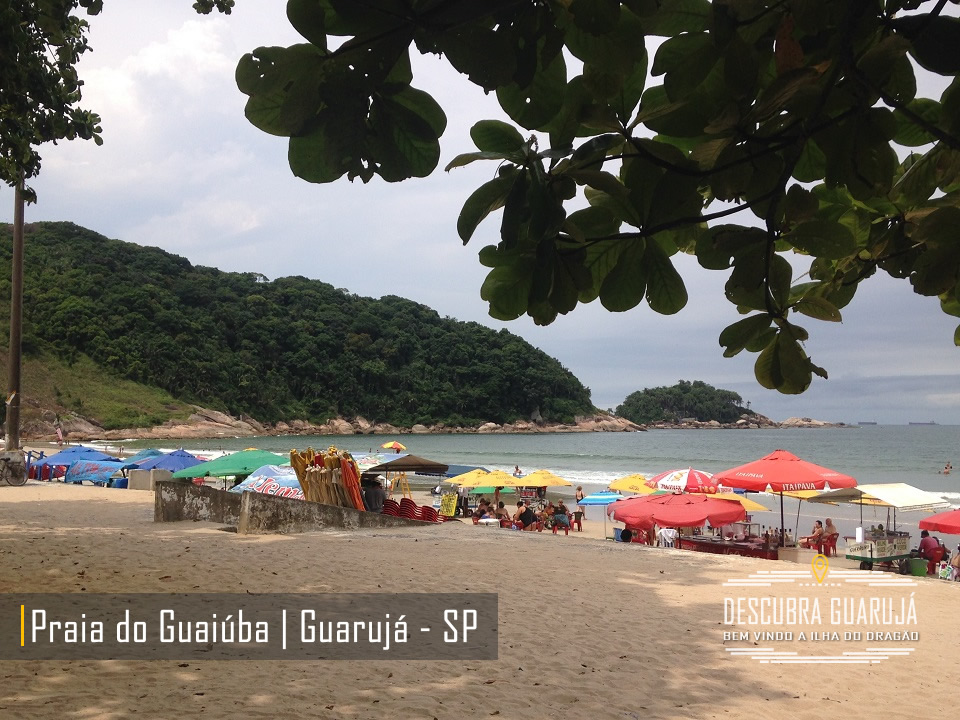 Praia do Guaiuba no Guarujá - Praias do Guarujá