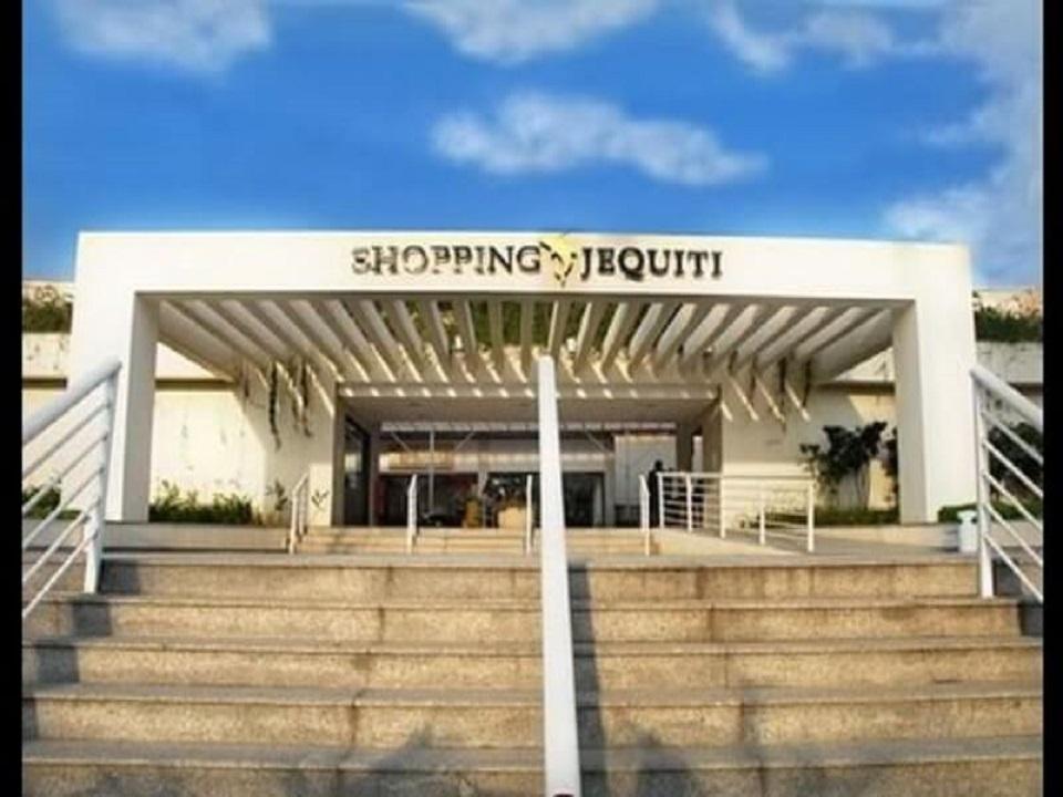 Shopping Jequiti Praia de  Pernambuco Guaruja