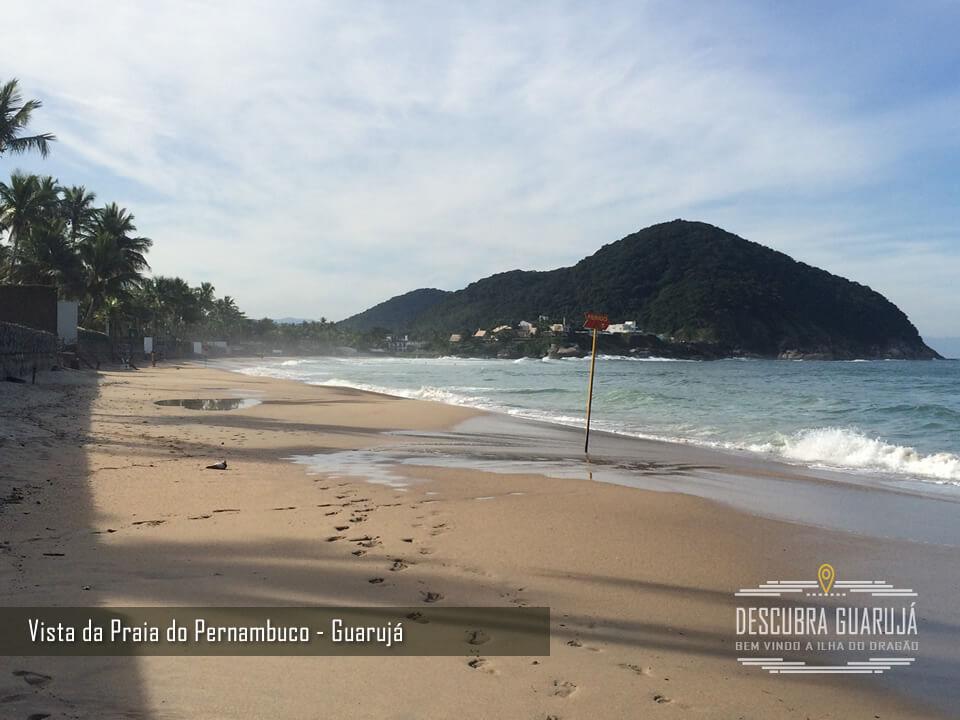 A Praia do Pernambuco no Guarujá