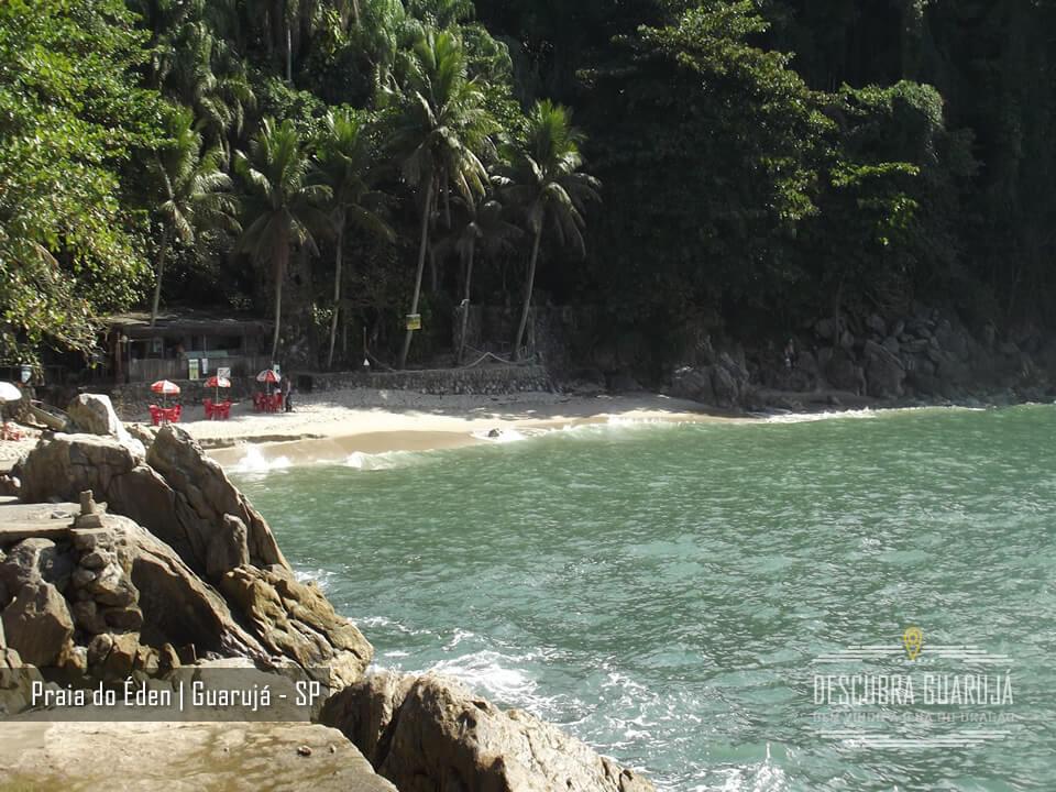 A beleza da Pequena Praia do Éden em Guarujá