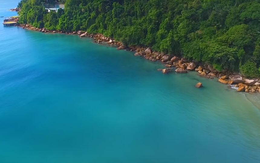 Praia das Toninhas em Ubatuba Litoral Norte SP