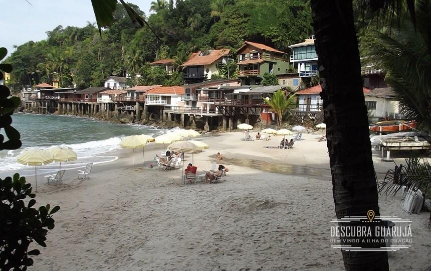 A Praia do Sorocotuba Guarujá
