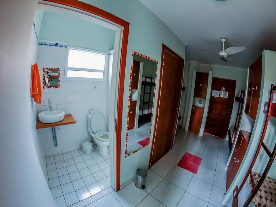 Quarto compartilhado Guarujá Hostel
