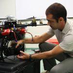 Jose-Luis-Peres-realiza-arreglos-en-un-UAV-150x150 Cómo funciona el juguete robot BB-8 de Star Wars