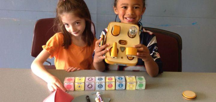 kibo - KIBO, haciendo que los niños se diviertan programando robots