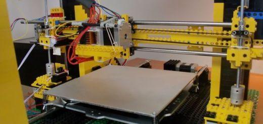 Una impresora 3D hecha con piezas de LEGO
